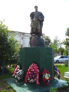 Усть-Долыссы. Захоронения. фото