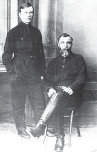 К.Е. Шильдер с отцом Е.А. Шильдером в имении Зубарево